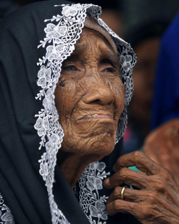 Indonesian widow Wanti Dodo, 93, whose husband Enap was killed during the 1947 massacre in Rawagede by Dutch troops.