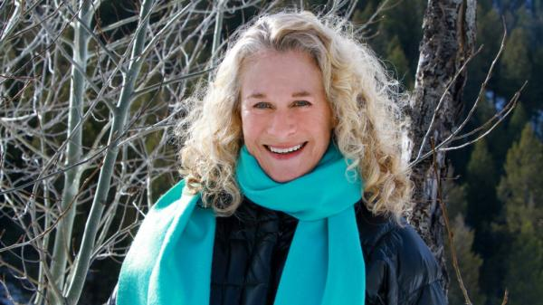 Carole King's new album is titled <em>A Holiday Carole</em>.