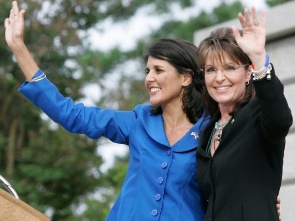Former Alaska Gov. Sarah Palin and then-gubernatorial candidate Nikki Haley (left) during a 2010 rally in Columbia, S.C.