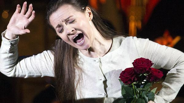 Soprano Patricia Ciofi sings an aria from Verdi's <em>Rigoletto</em>.