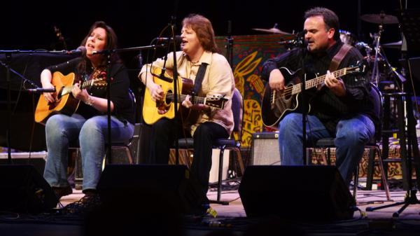 From left, Kim Fox, Dale Ann Bradley and Steve Gulley performed on <em>Mountain Stage</em>.