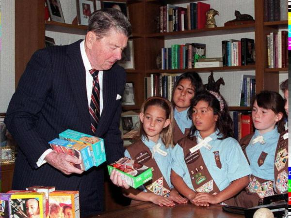 Would Indiana Rep. Bob Morris approve of his fellow Republican's endorsement of this organization? 1997: Former President Reagan receives cookies from members of Girl Scout Troop #313 as a gift for his 86th birthday.
