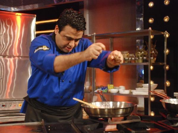 Chef Manish Mehrotra, an Indian contestant on <em>Foodistan</em>.