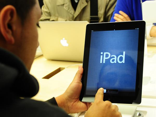 On Friday, Apple started selling the latest version of its iPad.
