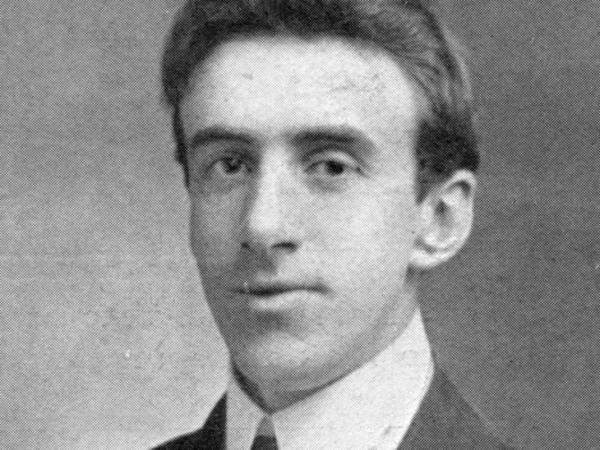 Wallace Hartley left his job as a bank teller for a career in music, eventually joining the Titanic as a bandmaster.
