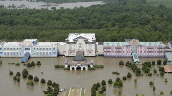 Just south of Memphis, water from the swollen  Mississippi River flooded a casino in Tunica, Miss.
