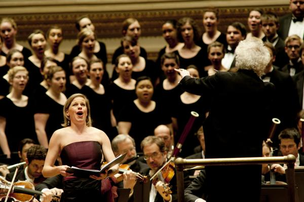 Simon Rattle leads soprano Camilla Tilling and the Westminster Symphonic Choir in very rarely heard music by Wolf.