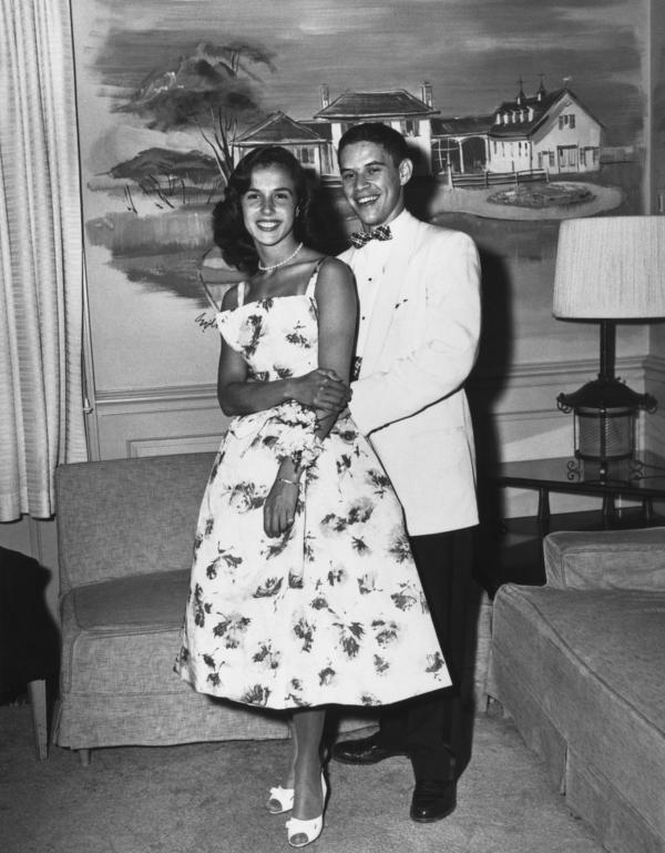 Mary Ellen Mark and Stuart A. Eisenberg, Cheltenham High School senior prom, Wyncote, Pa., 1958