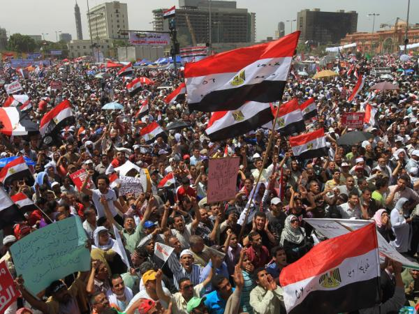 Thousands of Egyptians rally in Cairo's Tahrir Square on April 20, 2012 to protest against the ruling military and hold-overs from the former ruling government ahead of the presidential election to be held at the end of May.