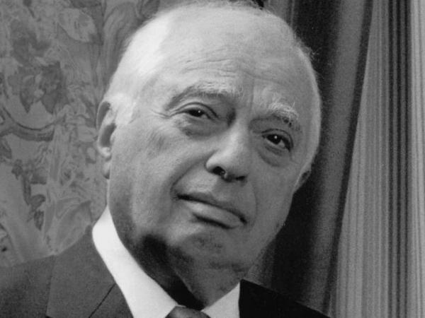 "Bernard Lewis is also the author of the best-selling <a href=""http://www.npr.org/templates/story/story.php?storyId=1134983""><em></em></a><a href=""http://www.npr.org/templates/story/story.php?storyId=1134983"">What Went Wrong?</a>"