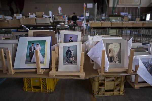 Omoide-Sagashi, a nonprofit started by a couple whose daughter is missing, gathered and catalogued the lost memorabilia.
