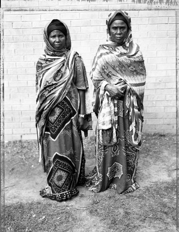 Somali Bantu mother and daughter, 2006