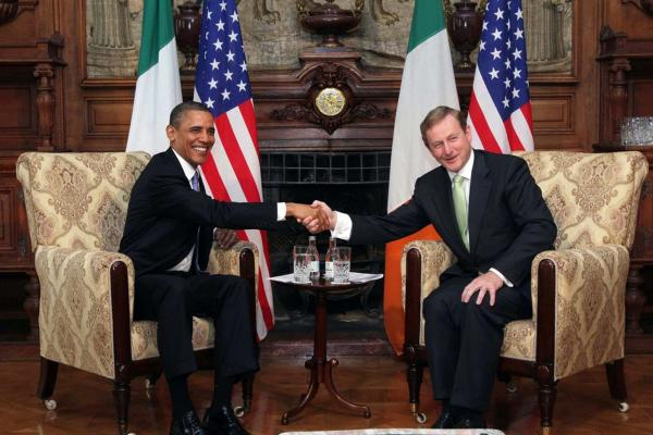 Obama and Prime Minister Enda Kenny shake hands during talks at Farmleigh.