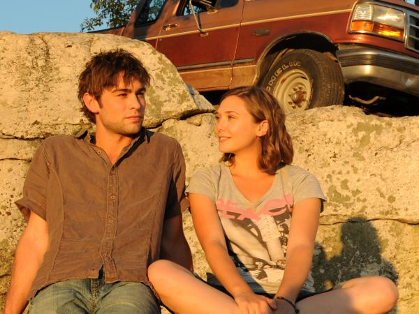 Zoe (Olsen) finds romance in Woodstock with the local butcher, Cole (Chase Crawford).