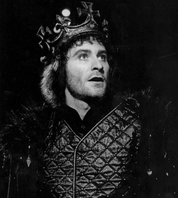 Kevin Kline in the 1983 Shakespeare in the Park production of <em>Richard III</em>, years after his first job at the Delacorte Theater carrying a spear in a different production of the same play.
