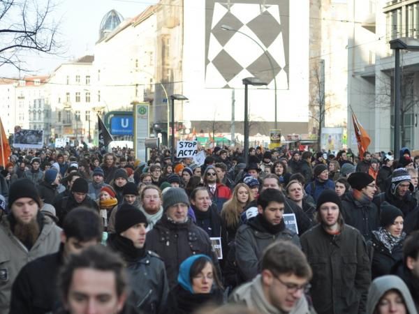 Thousands of Berliners participated in global protests this Saturday against the Anti-Counterfeiting Trade Agreement (ACTA) currently making its way through the EU.