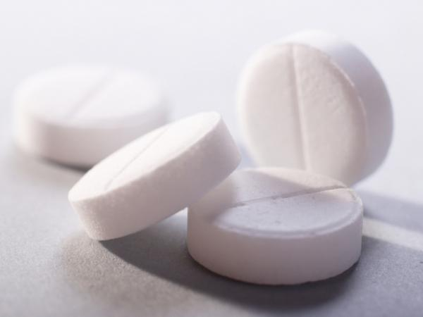 Aspirin helps reduce the risk of cardiovascular disease, but the jury's still out on cancer.