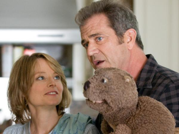 <strong></strong>Jodie Foster and Mel Gibson appear in the new film Foster directed, <em>The Beaver</em>.