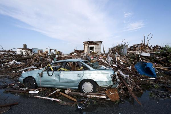 The tornado killed more than 100 people and caused extensive damage.
