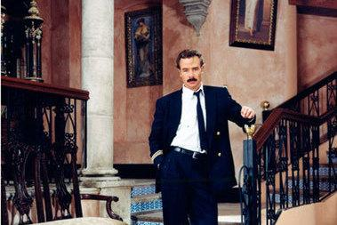 Sergio Sendel plays Arturo Sandoval de Anda in <em>Amarte es mi Pecado</em>