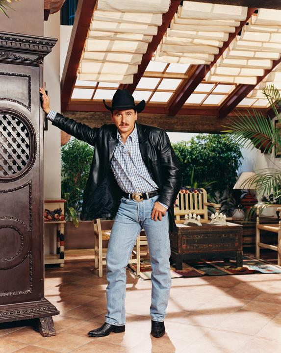 'Germán Gutiérrez as Osvaldo Quintero; Amarte es Mi Pecado (Loving You Is My Sin), 2003. (Aperture, 2012)'