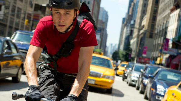 Bike messenger Wilee (Joseph Gordon-Levitt) finds himself carrying a package that leads to a perilous chase.