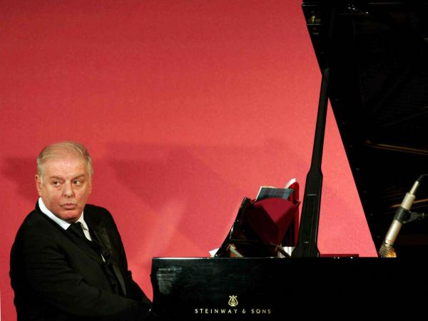 Pianist and conductor Daniel Barenboim captured in a 2006 photo from Berlin.