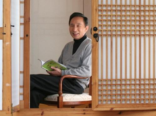 Lee (photographed here in a traditional Korean house, or <em>hanok</em>) says he has donated most of his money to a charitable foundation he founded; Lee may follow up his presidency with a career in philanthropy.