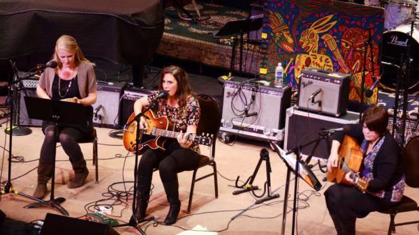 Sarah Siskind on <em>Mountain Stage</em>.