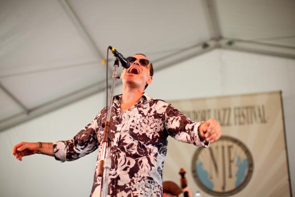 Kurt Elling offered twisty original lyrics and fresh re-scorings of pop songs during his set at the Quad Stage.