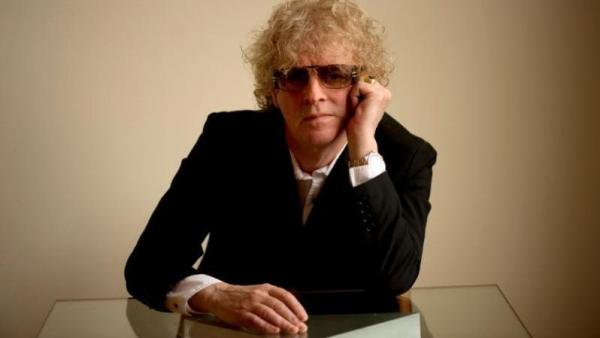 Ian Hunter once is at once crafty and mindful of craft, striving mightily to make his music seem tossed off.