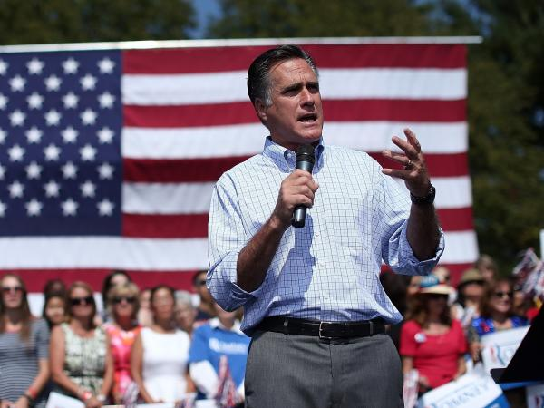 Republican presidential candidate Mitt Romney campaigns at Van Dyck Park September 13, 2012 in Fairfax, Virginia.