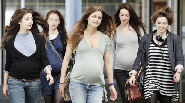 Inspired by events in Gloucester, Mass., <em>17 Girls</em> focuses on a gaggle of French high schoolers who make a pregnancy pact — in large part to exercise control over their lives.