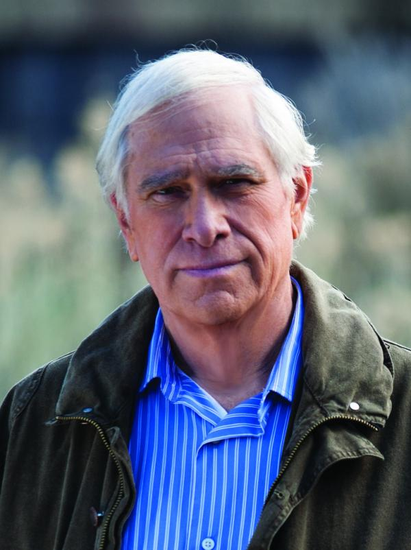 John Sandford is the pseudonym of Pulitzer Prize-winning author and journalist John Roswell Camp.