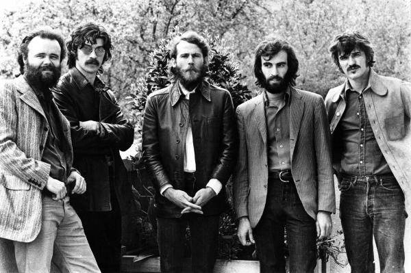 Garth Hudson (left), Robbie Robertson, Levon Helm, Richard Manuel and Rick Danko of The Band in 1971. Like Fleetwood Mac, The Band had no single leader. Helm, Manuel and Danko all sang lead.