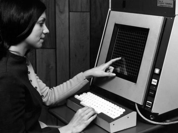 The University of Illinois released its PLATO IV touch-screen terminal in 1972.