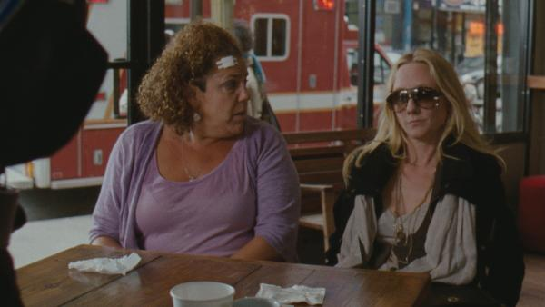 Best friends Bebe (Marcia DeBonis) and Dee Dee (Anne Heche) are New Yorkers with various issues surrounding sex and men.