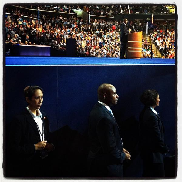 "Secret Service and Obama at the DNC. <a href=""http://web.stagram.com/p/274884835015659714_23864099"">@sullyfoto</a>"