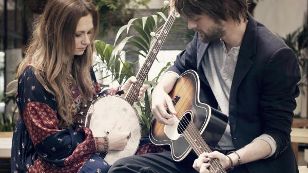 Kasey Chambers and Shane Nicholson, both country stars in their own right, recently released the collaborative album<em> Wreck and Ruin</em>.