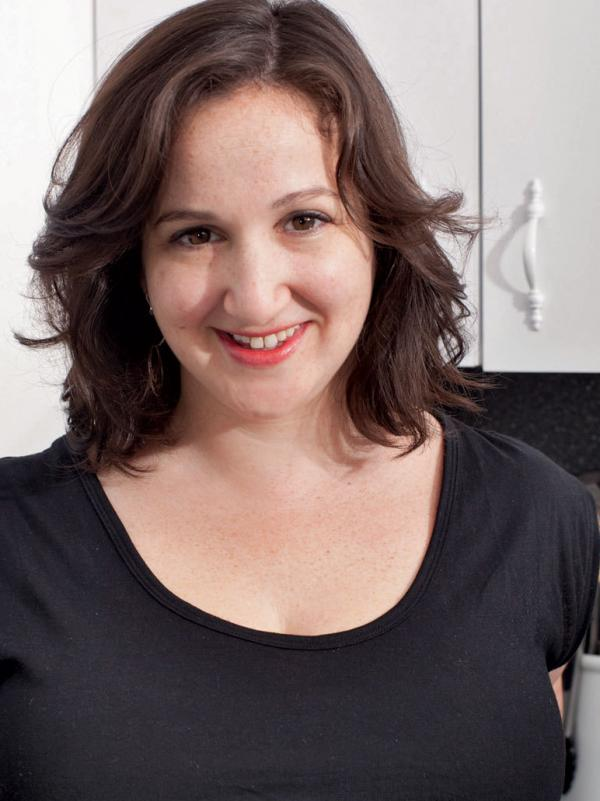 "Deb Perelman lives in New York with her husband and son. She likes <a href=""http://smittenkitchen.com/about/#Contact"">bourbon, artichokes and things that taste like burnt sugar</a>."