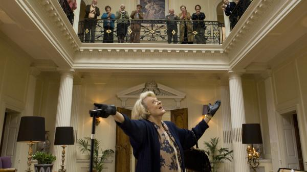 Even after her final curtain, a diva is always a diva — as demonstrated by the flamboyant retired soprano Jean (Maggie Smith) in <em>Quartet</em>.