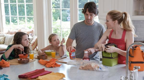 With a 13-year-old (Maude Apatow) and an 8-year-old (Iris Apatow), Pete (Paul Rudd) and Debbie (Leslie Mann) have their hands full.