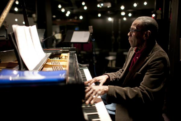 <p>George Cables at soundcheck.</p><p></p>