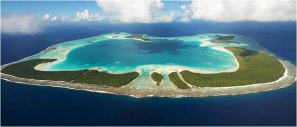 Marlon Brando's private atoll Tetiaroa as seen from the air. Photo courtesy of Pacific Beachcomber