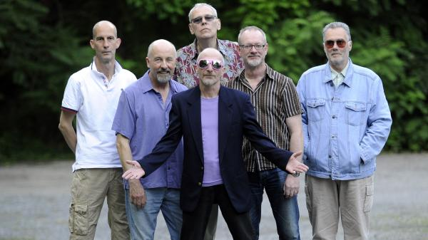 Graham Parker and the Rumour.