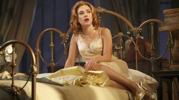 In Rob Ashford's new production of the classic play <em>Cat on a Hot Tin Roof</em>, Scarlett Johansson plays an earthier version of restless sex kitten Maggie.