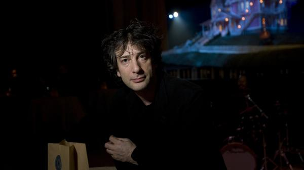 Neil Gaiman is the author of <em>The Graveyard Book, </em><em><em>Coraline</em></em><em>,</em><em> Amer<em>ican Gods</em>, <em>Anansi Boys</em>,<em> Stardust</em> </em>and<em> <em>M Is for Magic</em>. </em>He was born in Hampshire, England, and now lives near Minneapolis.
