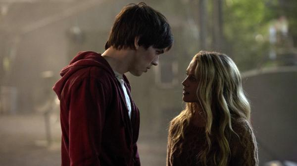 In the <em>Romeo and Juliet</em>-inspired <em>Warm Bodies</em>, a zombie known only as R (Nicholas Hoult) falls in love with Julie (Teresa Palmer), who's still human.