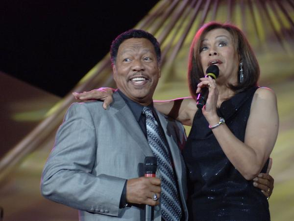 Billy Davis Jr. and Marilyn McCoo.