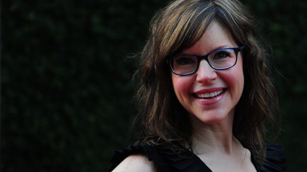 Lisa Loeb poses for the cameras on arrival for a Special Screening of DreamWork's Pictures' <em>Fright Night</em> on Aug. 17, 2011, in Hollywood, Calif.